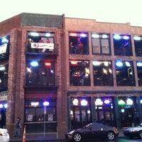 Foto tirada no(a) Honky Tonk Central por Dylan M. em 3/15/2012