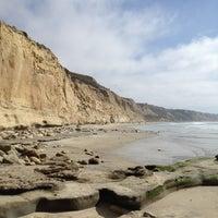 Das Foto wurde bei Torrey Pines State Beach von Justine D. am 2/25/2012 aufgenommen