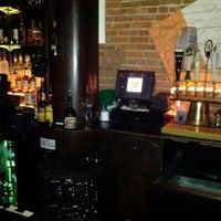 รูปภาพถ่ายที่ Barley House โดย Don R. เมื่อ 3/31/2012