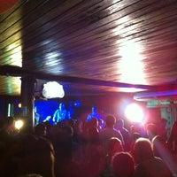 Foto diambil di Decky Bar oleh Patricia T. pada 5/13/2012
