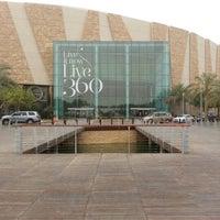 Foto tomada en 360° Mall por hamad a. el 8/22/2012
