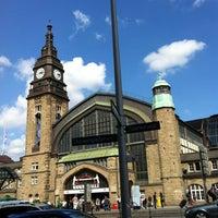 Das Foto wurde bei Hamburg Hauptbahnhof von Semi E. am 8/6/2012 aufgenommen