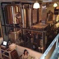 Foto tirada no(a) Bellwoods Brewery por Martin M. em 4/23/2012