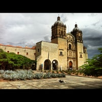 Foto tomada en Templo de Santo Domingo de Guzmán por Aleyda G. el 8/1/2012