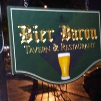 5/15/2012 tarihinde Ann C.ziyaretçi tarafından Bier Baron Tavern'de çekilen fotoğraf