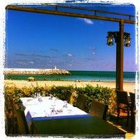9/9/2012 tarihinde Emre E.ziyaretçi tarafından Hanımeli Balık Restaurant'de çekilen fotoğraf