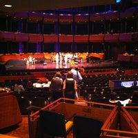 Photo prise au Jazz at Lincoln Center par Sarah B. le6/25/2012