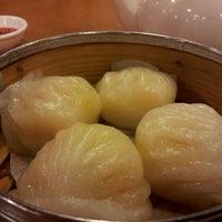 5/6/2012 tarihinde Nicole T.ziyaretçi tarafından China Pearl Restaurant'de çekilen fotoğraf