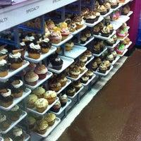 8/11/2012에 Liana N.님이 Jilly's Cupcake Bar & Cafe에서 찍은 사진