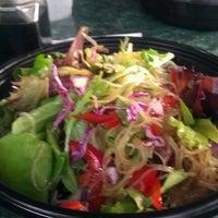 Foto scattata a Koriente Restaurant da Laura O. il 3/16/2012