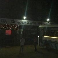 Das Foto wurde bei National Dhaba von Sridath P. am 4/21/2012 aufgenommen