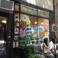 6/3/2012にKaren A.がMilk & Cookiesで撮った写真