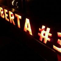 Foto tomada en Alberta #3 por Tchelo D. el 5/29/2012