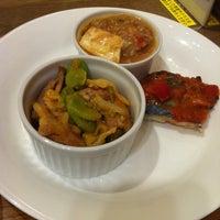 5/12/2012 tarihinde scriptkitty [.ziyaretçi tarafından Café & Meal MUJI'de çekilen fotoğraf