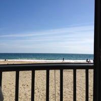 Foto tirada no(a) Fizz Beach Bar por Nuno L. em 5/6/2012