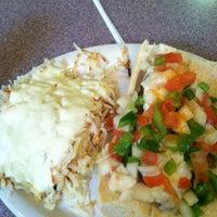 Foto scattata a Sarkis Cafe da Joseph M. il 4/2/2012