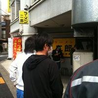 4/6/2012에 Shinji F.님이 Ramen Jiro에서 찍은 사진
