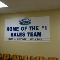 Foto tomada en Capital Ford por William B. el 2/6/2012