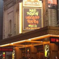 Foto diambil di Longacre Theatre oleh Lori E. pada 8/2/2012