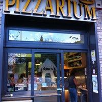 Foto scattata a Pizzarium Bonci da Andrea M. il 9/4/2012