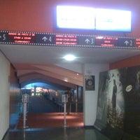 Foto tirada no(a) Cine Roxy por Maria Beatriz G. em 5/26/2012