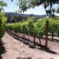 Foto diambil di Duckhorn Vineyards oleh Amy M. pada 6/24/2012