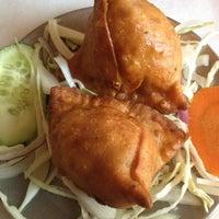 Das Foto wurde bei Chicago Curry House Indian Restaurant von Dena E. am 4/4/2012 aufgenommen