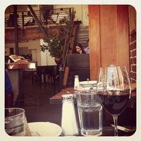 6/13/2012 tarihinde Karla N.ziyaretçi tarafından Zuni Café'de çekilen fotoğraf