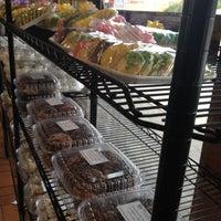 Снимок сделан в Weber's Bakery пользователем EChi G. 4/21/2012