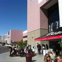 4/18/2012 tarihinde Alex S.ziyaretçi tarafından Las Vegas Convention Center'de çekilen fotoğraf