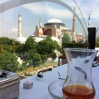 5/31/2012 tarihinde Haluk D.ziyaretçi tarafından Seven Hills'de çekilen fotoğraf