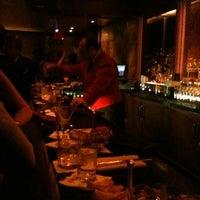 Das Foto wurde bei Bemelmans Bar von Rhi P. am 4/30/2012 aufgenommen