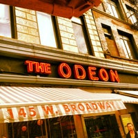 Foto tirada no(a) The Odeon por John L. em 4/11/2012