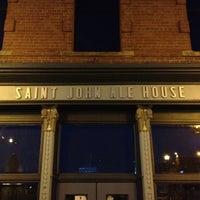 8/27/2012 tarihinde Jim P.ziyaretçi tarafından Saint John Ale House'de çekilen fotoğraf