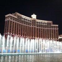 Foto tomada en Bellagio Hotel & Casino por Chelsea B. el 6/14/2012