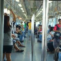 Foto tirada no(a) LRT 2 (Recto Station) por Christian Benjie F. em 4/28/2012