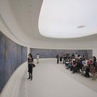 รูปภาพถ่ายที่ Musée de l'Orangerie โดย Jiny K. เมื่อ 2/8/2012