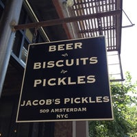 รูปภาพถ่ายที่ Jacob's Pickles โดย Jared B. เมื่อ 6/24/2012