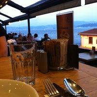 Снимок сделан в Taş Kahve Cafe & Restaurant пользователем Taş Kahve E. 7/16/2012