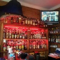 Foto tirada no(a) Rum Bar at the Speakeasy Inn por John G. em 4/23/2012