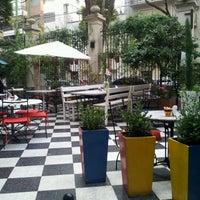 Foto diambil di Museo Evita Restaurant & Bar oleh Pablo M. pada 6/10/2012