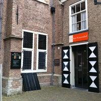 4/17/2012에 Jacintha v.님이 Museum Prinsenhof Delft에서 찍은 사진