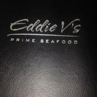 รูปภาพถ่ายที่ Eddie V's Prime Seafood โดย Rayni R. เมื่อ 8/14/2012