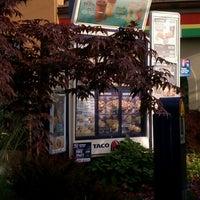 รูปภาพถ่ายที่ Taco Bell โดย Beverly W. เมื่อ 6/9/2012