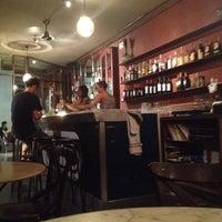 Foto tomada en Bar Resolís por Trisha D. el 8/27/2012