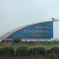 Foto diambil di The Eastern Iowa Airport oleh Danelle W. pada 4/28/2012