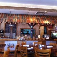Photo prise au Rendez-Vous Bakery and Bistro par Kirk R. le3/22/2012