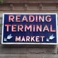 Das Foto wurde bei Reading Terminal Market von Jennifer K. am 9/1/2012 aufgenommen