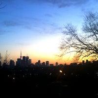 Foto tirada no(a) Riverdale Park East por Heino D. em 3/6/2012