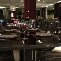 Foto tirada no(a) Sobreiro Restaurante por Friedrich G. em 6/24/2012